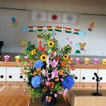 演台装花:胡蝶蘭・カトレアギフトの直売所|千葉県館山の洋蘭生産農家の早かわ洋蘭